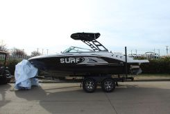 2020 Chaparral 21 SURF