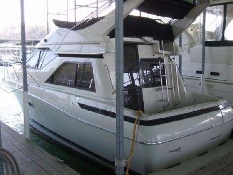1996 Bayliner Avanti 3258