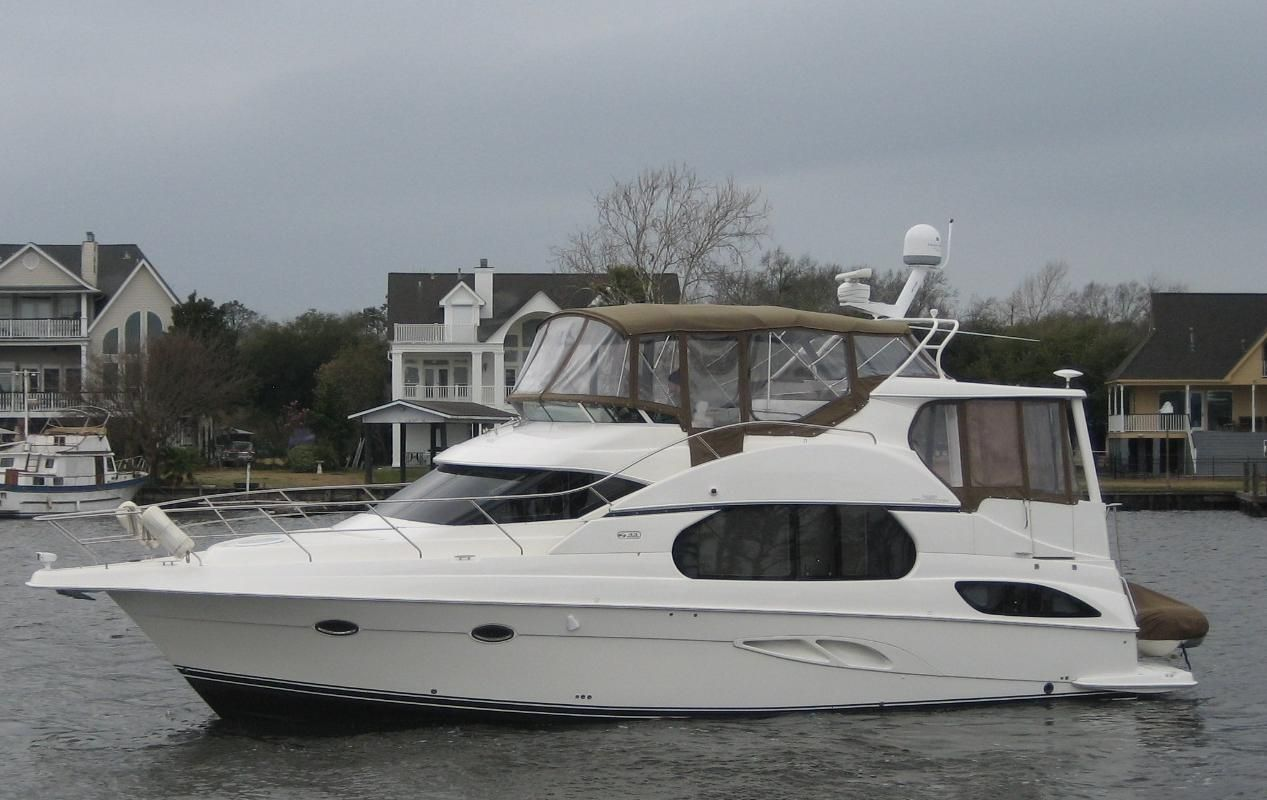 2006 Silverton 43 Motor Yacht Fresh Water Power New And