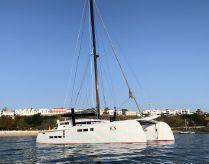 2017 Custom Treutlein 65 Catamaran Carbon Fibre