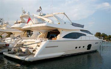 2007 Ferretti 681