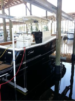 2015 Scout Boats Center Console