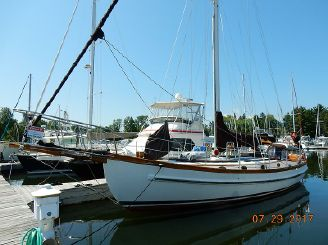 1983 Lord Nelson 41