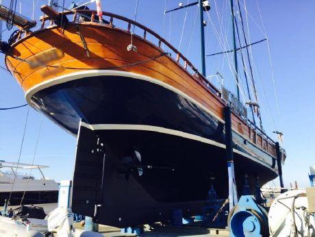 2006 Gulet Sailboat