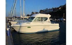 2005 Jeanneau Merry Fisher 805