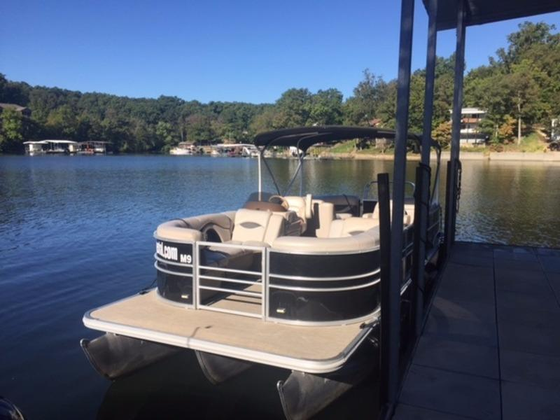 2015 Mirage Smokercraft 8524 LZ RE Power Boat For Sale