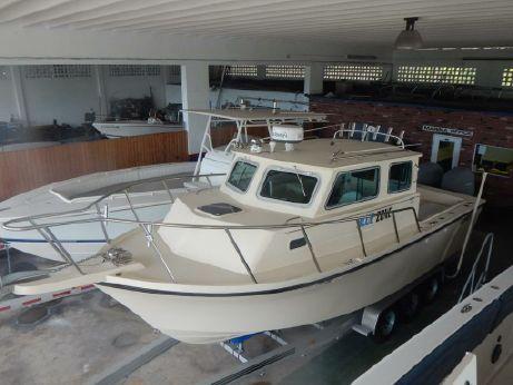 2011 Parker 2530 Extended Cabin