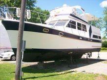 1987 Marine Trader Sundeck Trawler 36