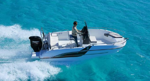2017 Beneteau Flyer 5.5 Spacedeck