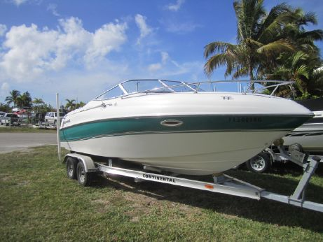 1997 Four Winns 225 Sundowner