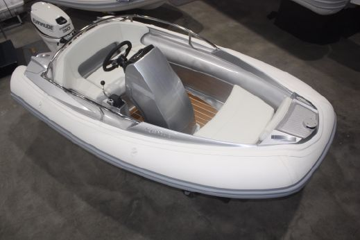 2016 Argos Nautic 305 Yachting