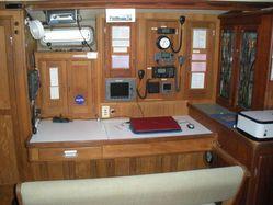 photo of  Roberts Pilot House 64