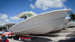 2020 Boston Whaler 350 Outrage
