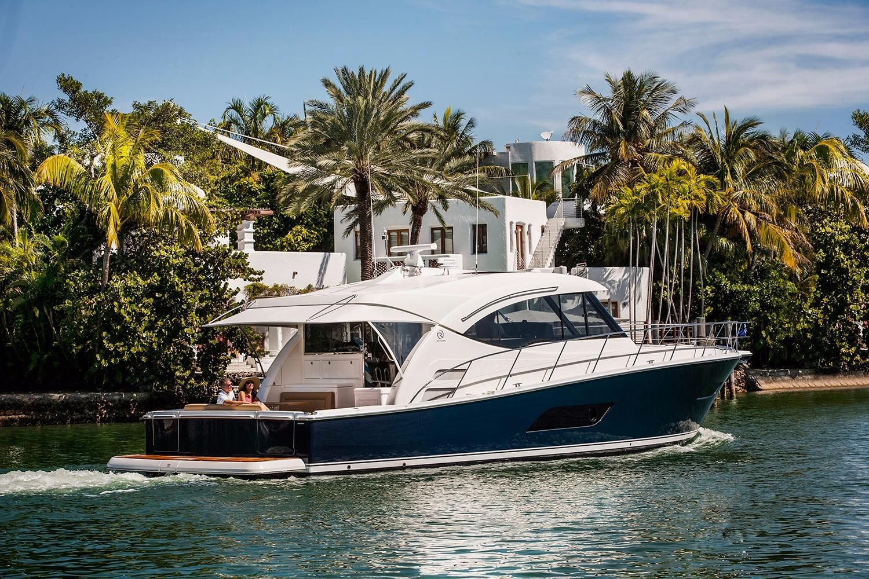 2018 Riviera 525 SUV Power Boat For Sale - www.yachtworld.com