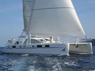 2004 Catana 582