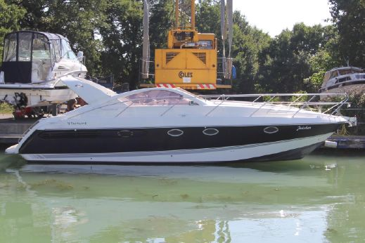 2000 Fairline Targa 37