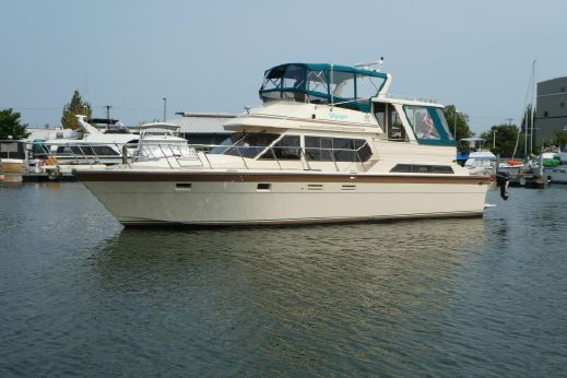 1989 Hi-Star 49 Cockpit Motor Yacht w/factory 5' cockpit