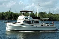 1995 Grand Banks Classic