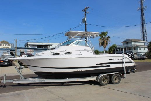 2002 Proline 26 Walk Around