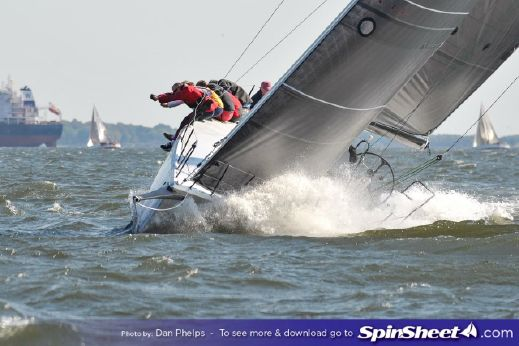 2017 Es Yachts Kernan 44