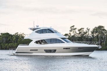 2020 Whitehaven 6000 Flybridge