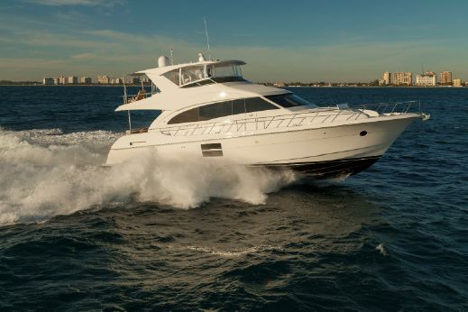 2016 Hatteras Yachts Motor Yacht