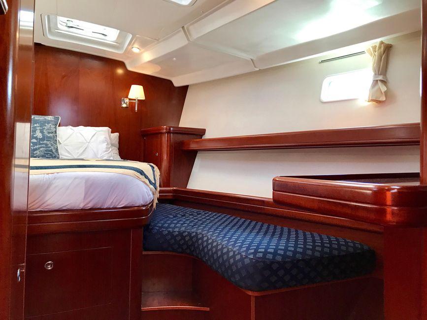 Beneteau 523 Sailboat Master Cabin