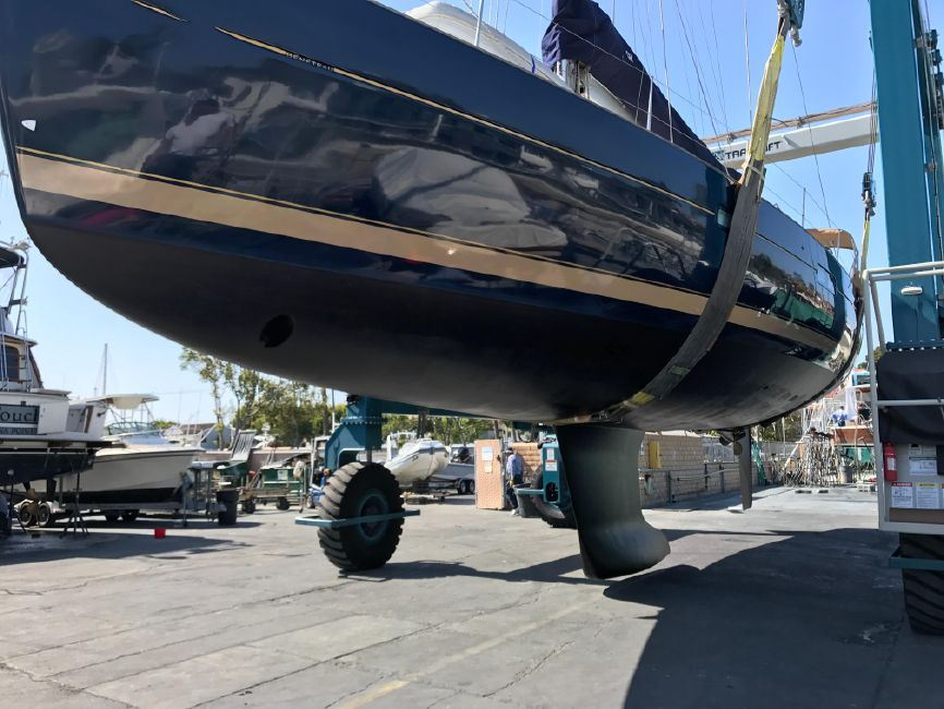 Beneteau 523 Sailboat for sale in Newport Beach
