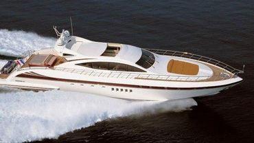 2007 Overmarine Mangusta 92