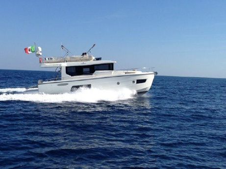 2015 Cranchi Eco  43 Long Distance Trawler