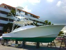2000 Custom Carolina Tides Express Sportfish