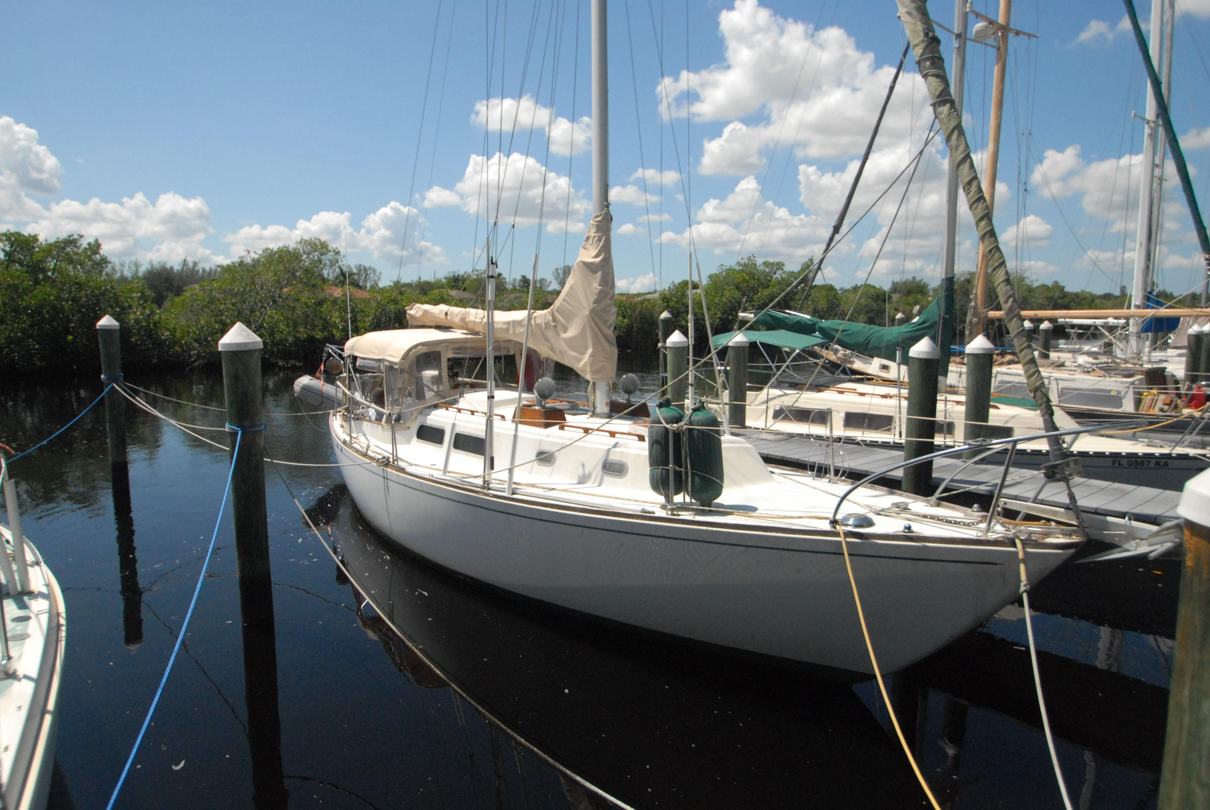 Fort Myers Honda >> 1972 Pearson 35 Sail Boat For Sale - www.yachtworld.com