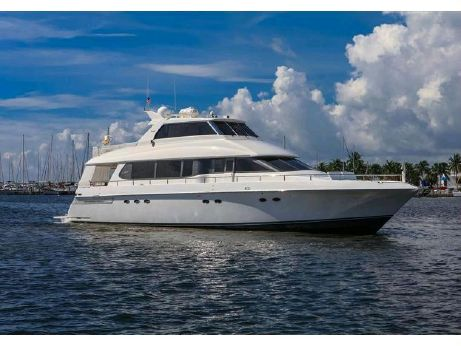 2001 Lazzara Skylounge  Motor Yacht Enclosed