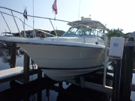 2005 Pursuit 3070 Offshore