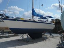 1979 O'day 30 CB Masthead Sloop