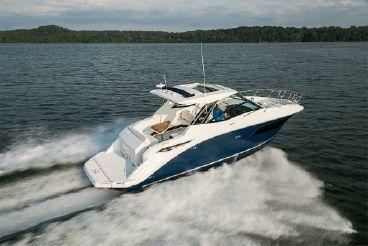 2020 Sea Ray Sundancer 320 Coupe