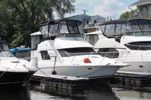 1997 Silverton 37 Motor Yacht