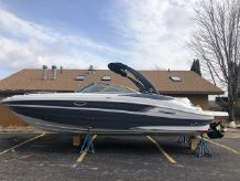 2019 Cruisers Yachts 298BR