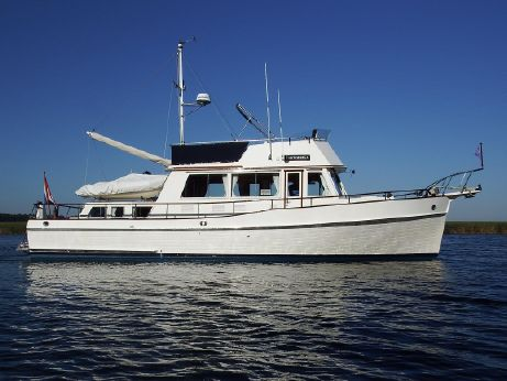 1992 Grand Banks 42 Classic