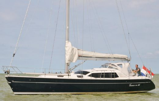 2001 Dehler 41 Deck Salon