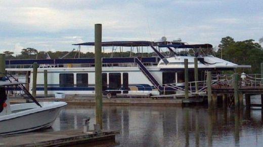 1996 Sumerset Houseboat 21' x 75'