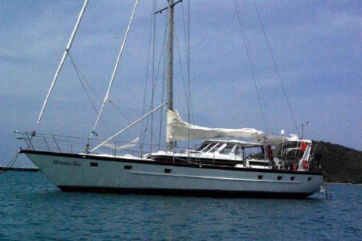 1990 Custom T.d. Yachts 5-Cabins