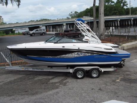 2018 Monterey MX6 Wakeboard Boat