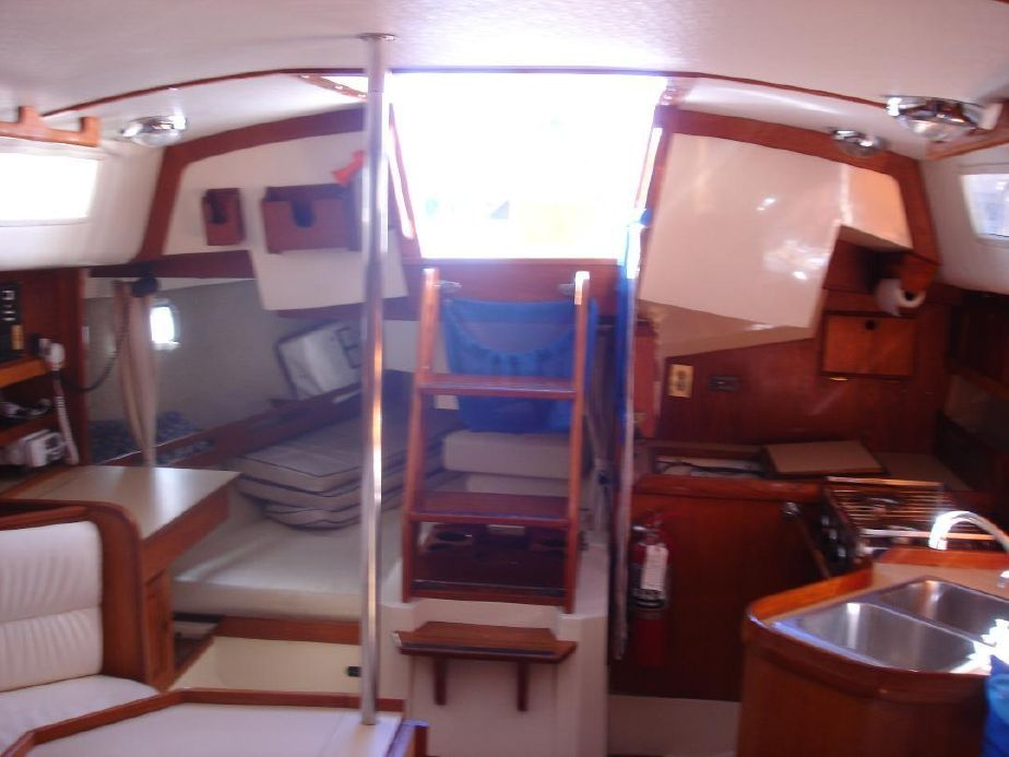 1986 CAL 33-2 Sail Boat For Sale - www yachtworld com