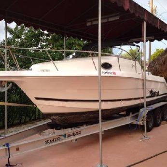 2000 Wellcraft 230 Coastal