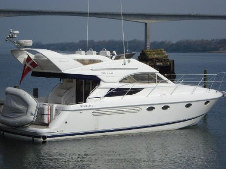 2003 Fairline Phantom 38