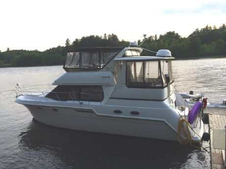 2001 Carver Yachts 406 Aft Cabin