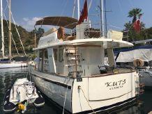 2015 Rhea Trawler 36