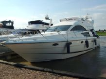 2003 Fairline Phantom 43