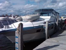 1988 Cruisers Yachts 3360 Esprit